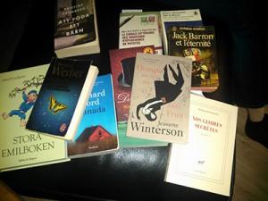 livres en français et suédois